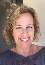 Elsa Kitts Owner of easyBIZPrinting